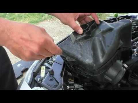 Как поменять воздушный фильтр на BMW 320i E90
