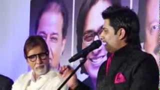 getlinkyoutube.com-Sumeet Tappoo sings to Mr. Amitabh Bachchan - Neela Aasman