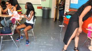 getlinkyoutube.com-Twerkin in the senior room.