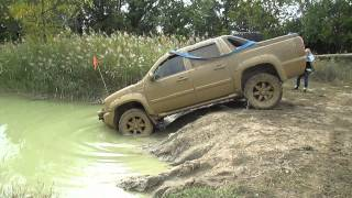 getlinkyoutube.com-Chevy Avalanche mudding deep at the cliffs offroad park