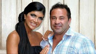 getlinkyoutube.com-'Real Housewives of NJ' Couple Handed Prison Sentences