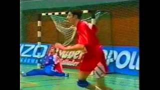 getlinkyoutube.com-Basic Handball skills