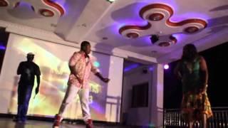 getlinkyoutube.com-Emelia Brobbey Dance with Vivian Jill Son at Kumawood Awards