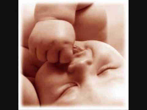 ALABANZAS CRISTIANAS-DETENTE MAMA(NO AL ABORTO)