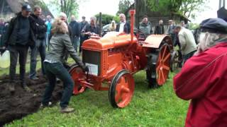getlinkyoutube.com-Three Fordson tractors and one HTZ-7 are ploughing
