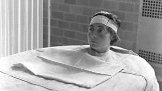 getlinkyoutube.com-【閲覧注意】胸が、心が痛くなる衝撃画像…精神病院に関する古写真に写る信じがたい真実…!!!!