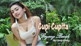 getlinkyoutube.com-Cupi Cupita si Goyang Basah Berjoged dan Bergoyang Asyik LIVE di Studio Dahsyat RCTI