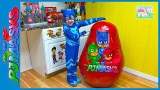 getlinkyoutube.com-BIGGEST PJ MASKS SURPRISE EGG TOYS EVER Giant Disney Junior Eggs Toy Surprises CatBoy Romeo Slide