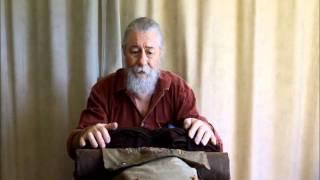 getlinkyoutube.com-18th Century Packing & Carrying Methods.