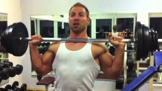 getlinkyoutube.com-Breite Schultern bekommen wie Hulk - Military Press Training