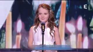"getlinkyoutube.com-Amira Willighagen - ""Ave Maria"" HD - Du côté de chez Dave - TV Show France 3 - 21 December 2014"