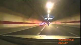 getlinkyoutube.com-Bardzo szybki pościg   motocyklista vs policja