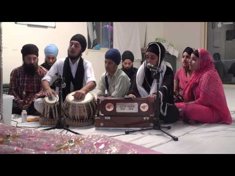 Bibi Gurminder Kaur Ji Brisbane - Brisbane Sikh Temple 02.11.13 (Saturday Night)