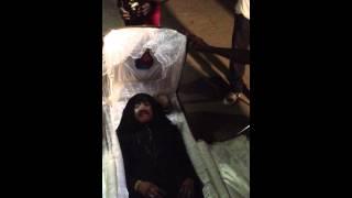 getlinkyoutube.com-Charlebois Poaty / 2ª Parte cena caixão ´´ Filme de Dito Narciso Socorro em Africa /Angola.