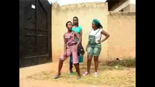 getlinkyoutube.com-Borrow borrow never fits....  Kansiime Anne.