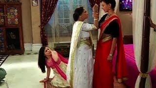getlinkyoutube.com-Meri Aashiqui Tum Se Hi : Baa slaps Ishaani
