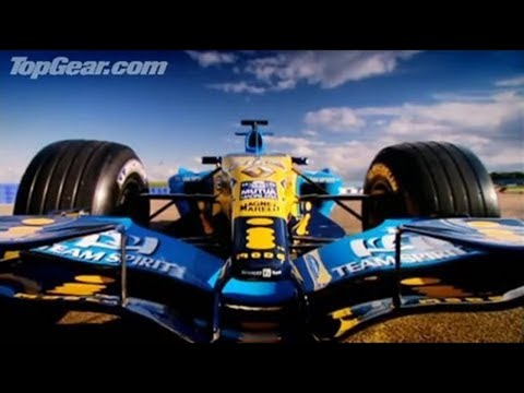 Richard Hammond drives F1 Renault R25 car at Silverstone - Top Gear - BBC Autos