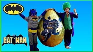 getlinkyoutube.com-GIANT EGG SURPRISE OPENING Batman VS Joker Superhero Toys Kids Video Batman Toys GIANT Surprise EGG