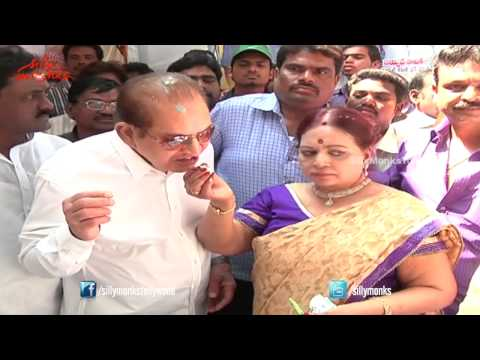Vijaya Nirmala Birthday Celebrations, Shares Her Happiness with Fans - Krishna, Naresh