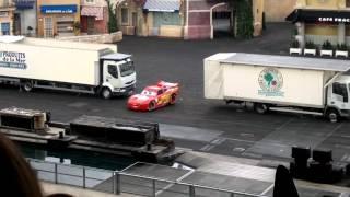 getlinkyoutube.com-euro disney cars lightning mcqueen stunt show clip
