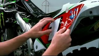 Installing D'COR Graphics with Mike Williamson - TransWorld Motocross
