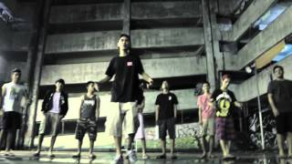 getlinkyoutube.com-Bugoy na Koykoy - Nakakabasag ng Tama (Official Music Video)