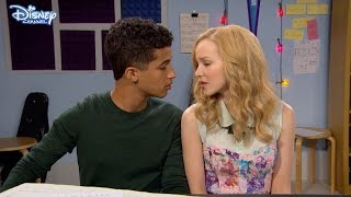 getlinkyoutube.com-Liv and Maddie - True Love - Official Disney Channel UK HD