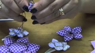 getlinkyoutube.com-Flor de fuxico com enchimento Passo a Passo - HOW TO MAKE ROLLED RIBBON ROSES- fabric flowers
