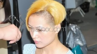 getlinkyoutube.com-hairxx #009 long to undercut,bob,bowl short blonde haircut