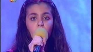 getlinkyoutube.com-Katie Melua aged 15 on kids TV show   Mad For It