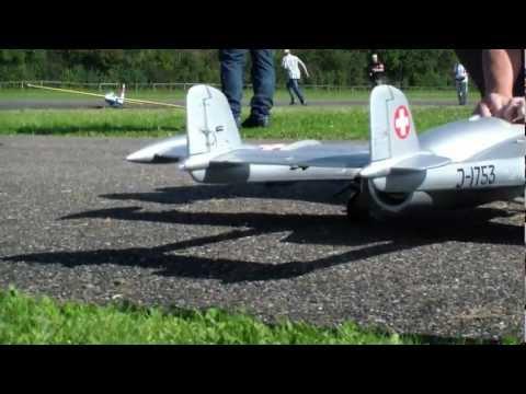 97.Von Julius Switzerland Venom De Havilland DH-112 mit Kolibri Turbine (2,5Kg)