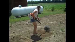 getlinkyoutube.com-Kimmie workin the STIHL KM130R (among other things) PLEASE SUBSCRIBE!!