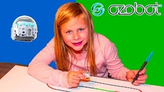 getlinkyoutube.com-OZOBOT EVO Assistant Learns Coding and Programing Playing with the Ozobot Evo