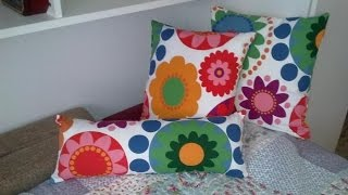 getlinkyoutube.com-Make Removable Pillow Covers with a Zipper - DIY Home - Guidecentral