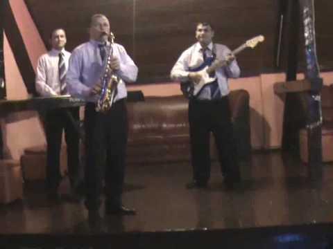 noua trupa de muzica populara banat iulian saxofon chipmunk