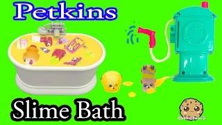 getlinkyoutube.com-20 Petkins Take Slime Bath , Water Shower Season 4 + 5 Shopkins Cookieswirlc Video