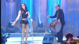 getlinkyoutube.com-رقص نار / رقص لبناني /  بتحدى اي بنت ترقص مثلها / رقص شرقي و طبله