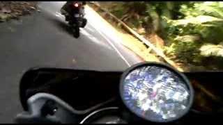 getlinkyoutube.com-Suzuki Belang R150 turbo, Yamaha LC135 Turbo Mount Jerai Fun Ride (down hill)