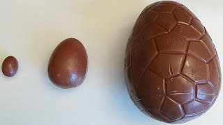 getlinkyoutube.com-Learn Sizes with Surprise Eggs! Opening Kinder Surprise Egg and HUGE JUMBO Mystery Chocolate Eggs!