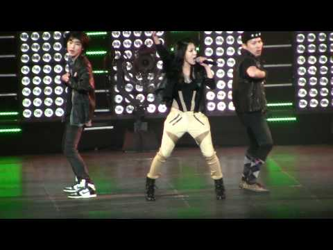 SMTown Live NY BoA Energetic [111023] [fancam]