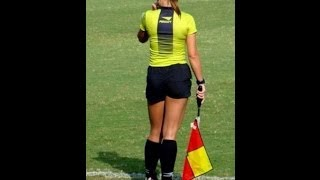 getlinkyoutube.com-Funny Referee and Football Moments