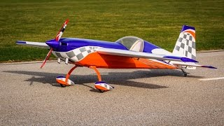 getlinkyoutube.com-Joe Smith Warming up the GP123 in the Pilot 330 Extra