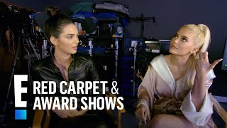 getlinkyoutube.com-Kendall & Kylie Jenner Play 'Either Or' With Their Family   E! Live from the Red Carpet