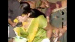getlinkyoutube.com-kavya madhavan attack in Kochi new