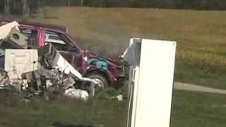 getlinkyoutube.com-Davidsfarm   0720   fOWZGLue B8   HQ   saturn and ford airbag blow up in a refridgerator