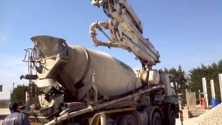 getlinkyoutube.com-concrete pump mixer Iveco - Cifa 28m 2002-01