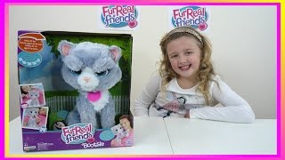 getlinkyoutube.com-Bootsie is a pretty Angry looking Kitten | Fun interactive Cat Toy | The Disney Toy Collector