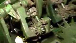 getlinkyoutube.com-John Deere Baler Knotter Action