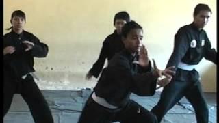 "getlinkyoutube.com-Video Pembelajaran ""Gerakan Gerakan Dasar Pencak Silat"" SMA Negeri Olahraga Jawa Timur"