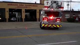 getlinkyoutube.com-Hampton Fire Station-1 units responding from the station.